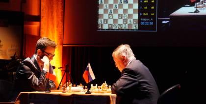 Karpov 2/2 et la Russie m�ne 3-1